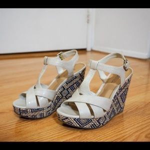 Kenneth Cole Reaction Espadrille Wedges, Size 7